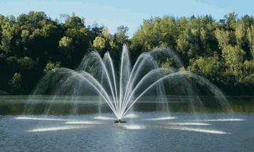 фонтан на воде